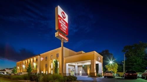 Best Western PLUS Eastgate Inn and Suites
