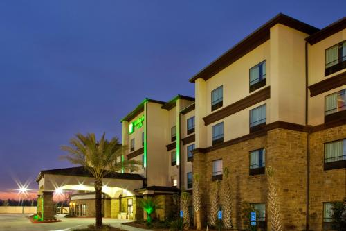 Holiday Inn Hotel & Suites Lake Charles South