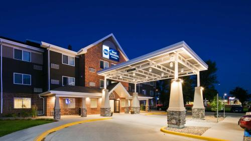 Lakeview Inn & Suites Grand Forks